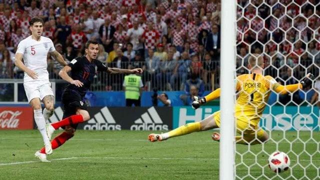Mario Mandzukic ngoi sao tham lang khong the thay the cua Juventus